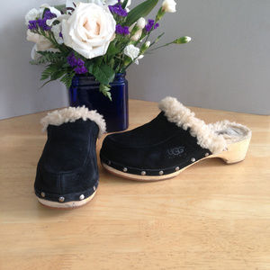UGGS Mule Clog Suede Sheepshin Studded Wood